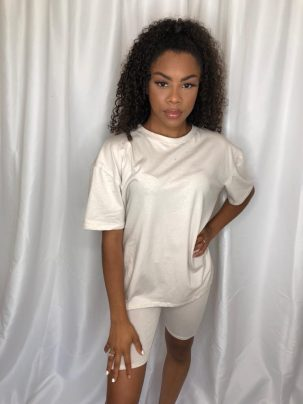 oversized T-shirt and cycling short set